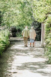 Serion machen spaziergang - miteinander füreinander